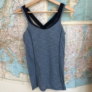Lululemon tank top built in bra camo blue 8